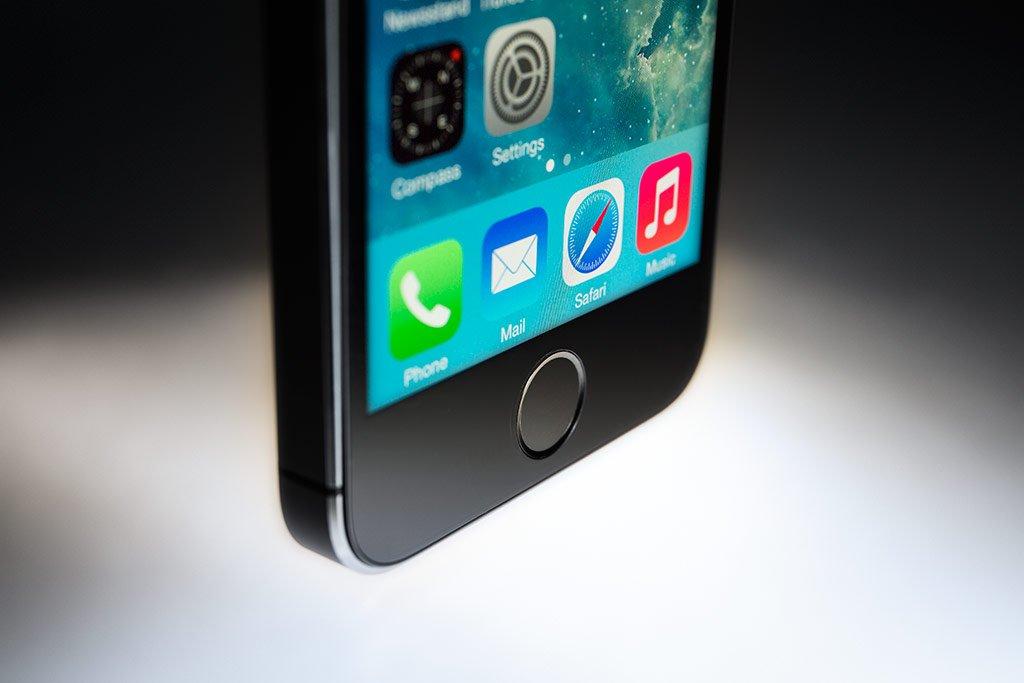 iconic_phone_01